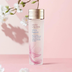 ESTEE LAUDER Micro Essence Skin Activating Treatment Lotion with Sakura Ferment 200ml