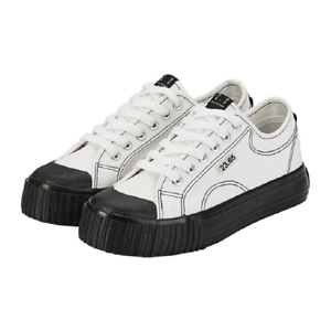 23.65 [WOMEN] Mozzi2 White/Black Sneakers