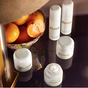 Neiman Marcus: Free Gift With La Mer Purchase