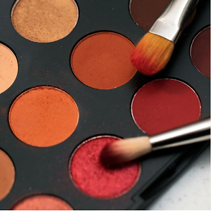 M.A.C: 30% OFF All Eye Shadow Palettes