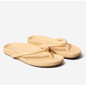Everlane Sandals