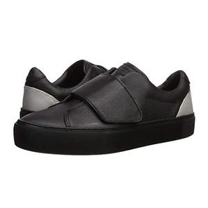 UGG Women's Neri Sneaker