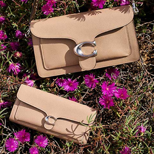 Coach: Up to 50% OFF Gifts