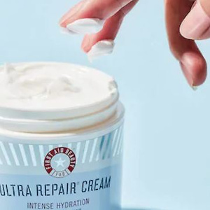 First Aid Beauty: Select Beauty Sets up to $40 OFF