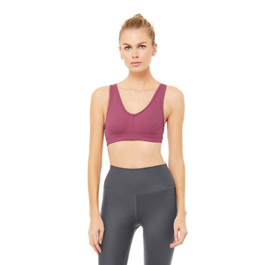 Alo Yoga: Up to 40% OFF Sale