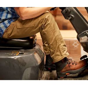 Ariat: Father's Day Gift Guide