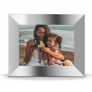 Nixplay: Buy 1 Nixplay Smart Photo Frame 10.1 Inch Get 1 at 50% OFF