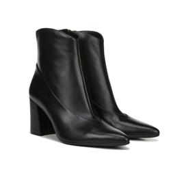 黑色高跟皮靴