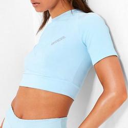冰蓝色运动短袖