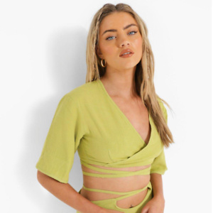 boohoo.com: Get 50% OFF Everything + $5 Express Shipping