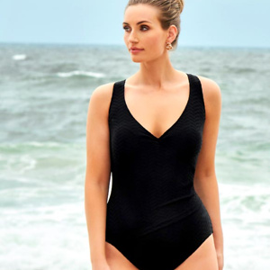 Longitude Swim: Get $40 OFF Your Order with Email Sign-up