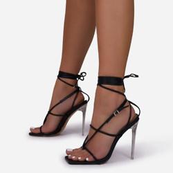 方形绑带高跟鞋