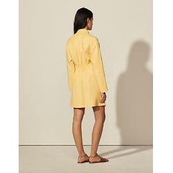 Short dress with fancy neckline