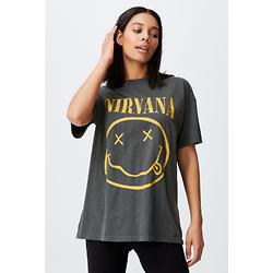 休闲男友式图案T恤