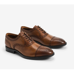 Futurepod Leather Lace-Up Oxford with Medallion Cap Toe