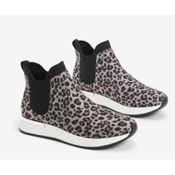 Cameron Chelsea Jogger Sneaker