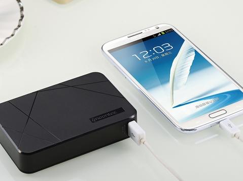 Noontec Cubee 10,000毫安 移动手机充电宝