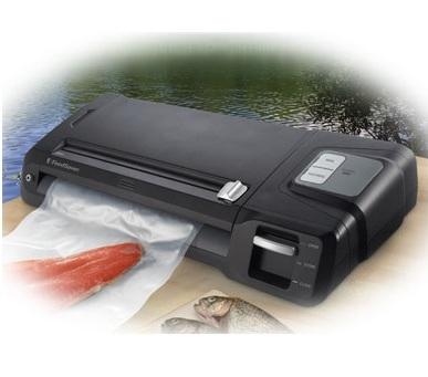 FoodSaver Professional Vacuum Sealing Kit