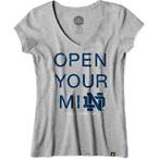 女款字母V领T恤