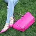SSENSE: 精选 Valentino 包包、鞋履等折扣高达 50% OFF