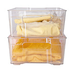透明收纳盒2个