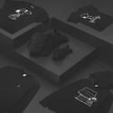 Uniqlo: KAWS X PEANUTS 合作款折扣高达 50% OFF