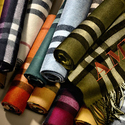 Jomashop: Burberry 巴宝莉羊绒围巾 低至5.5折+额外减$50