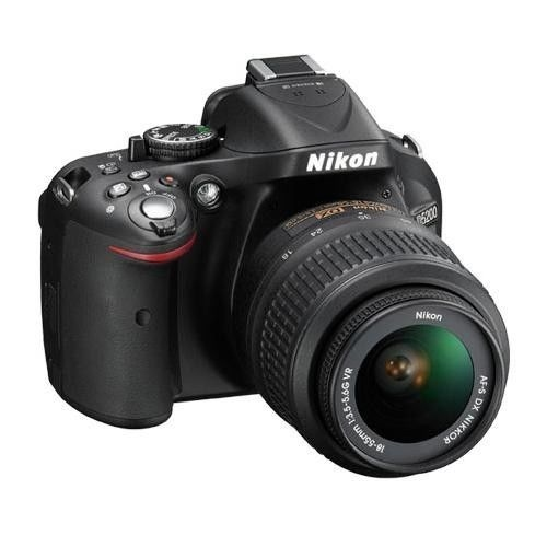 Nikon尼康D5200+18-55mm f/3.5-5.6G VR镜头(原厂翻新)