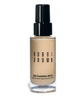 Bobbi Brown Skin Foundation 粉底液SPF 15