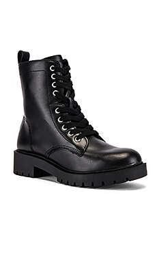 Steve Madden 马丁靴